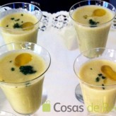 Receta de aperitivo de chupito de crema de aguacate