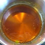 25- Dejamos que se vayan las burbujas del caramelo para colorear