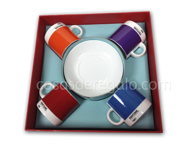 Dale un toque de color a tu momento del café con las tazas espresso de Pantone