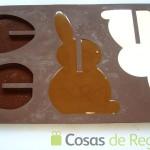 14- También hacemos decoraciones con conejos de Pascua