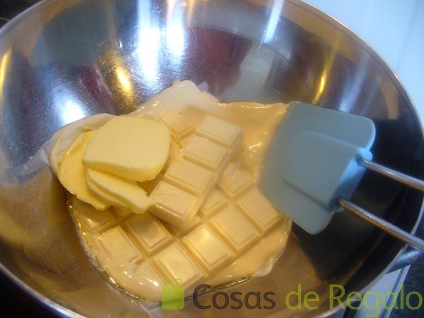 Baño Chocolate Blanco:01 – Ponemos al baño maría el chocolate blanco