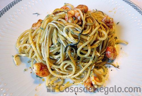 Espaguetis Con Gambas Y Gulas Al Ajillo Una Receta Espectacular