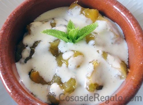 Receta de Albaricoques con salsa de yogur y lima