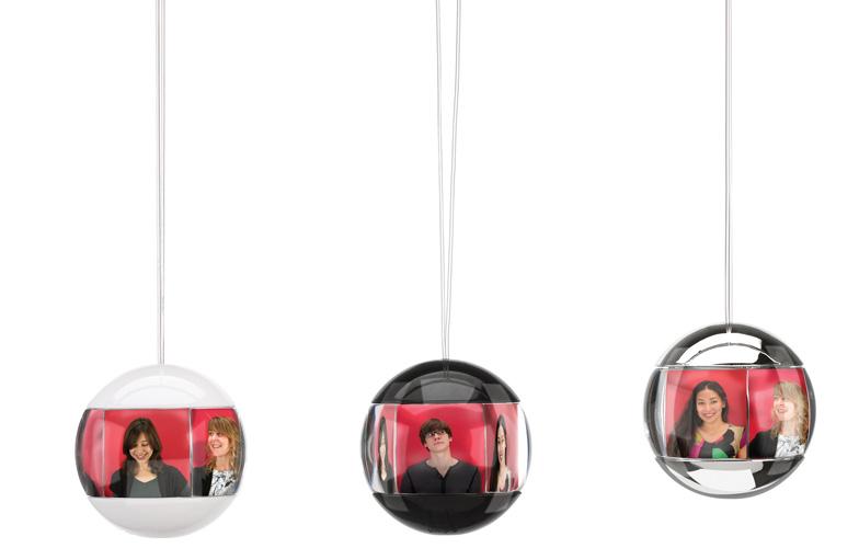 Marco de fotos con forma de bola de navidad perfecto para - Bola arbol navidad ...