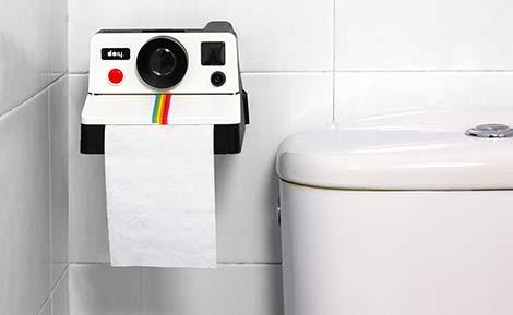 Polaroll, el portarollos de papel higiénico con aspecto de Polaroid