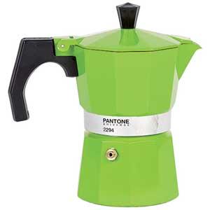 Prepara el café con estilo y color con las cafeteras de Pantone