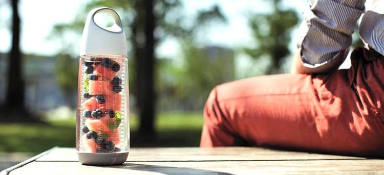 Botellas para preparar agua con sabor a frutas. ¡Refrescantes!