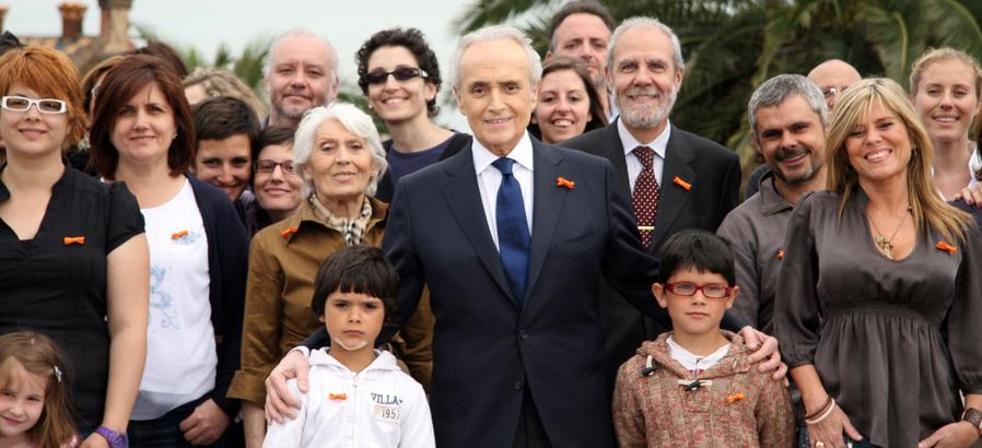 Haz un regalo solidario por Navidad y apoya a la fundación Josep Carreras