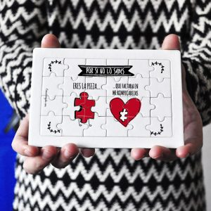 Puzzle cartón 24 piezas Eres la pieza